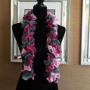 🎁Brand NEW Hand Made Scarf🎁